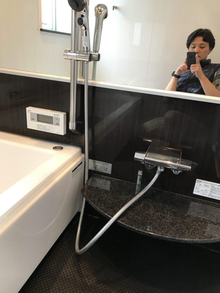 ウロコも除去した浴室鏡