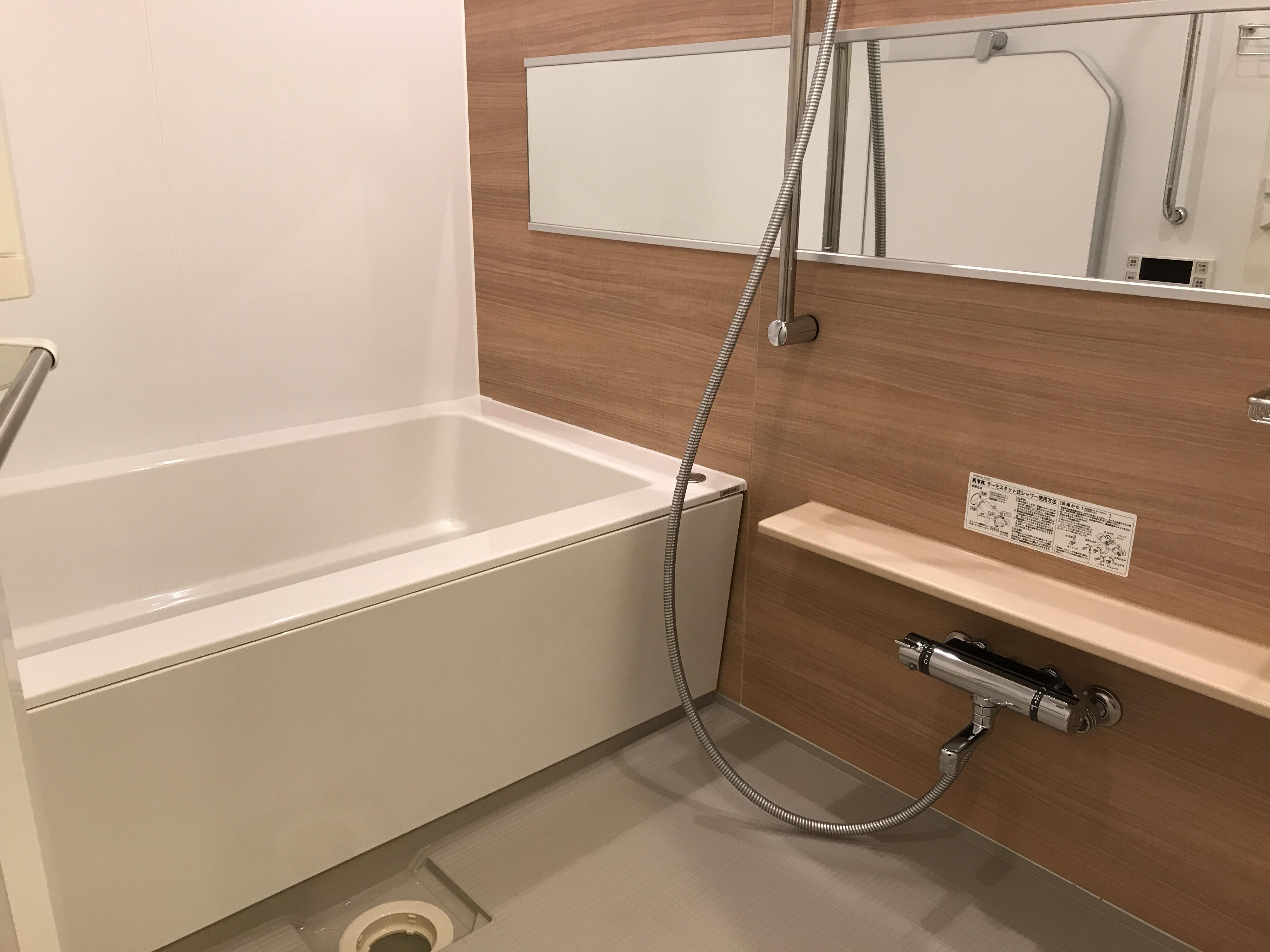 ハウスクリーニング後の浴室